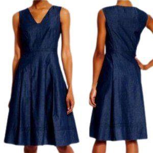 Adrianna Papell Jean V Neck Dress NWT 8